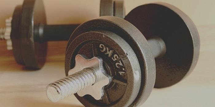 トレーニングベンチの耐荷重(筋トレ初心者)